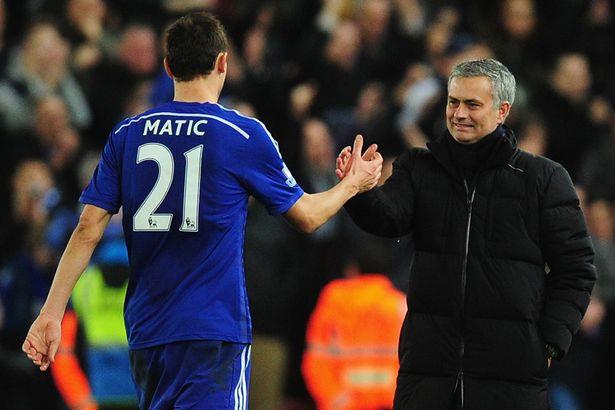 Nhận món quà tri ân của ông chủ Chelsea, Matic chuẩn bị tái hợp Mourinho