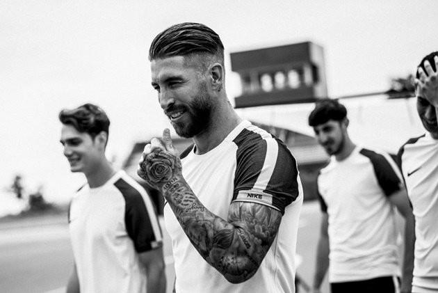 """Sergio Ramos cực """"chất"""" trong buổi lễ ra mắt giày mới của Nike"""