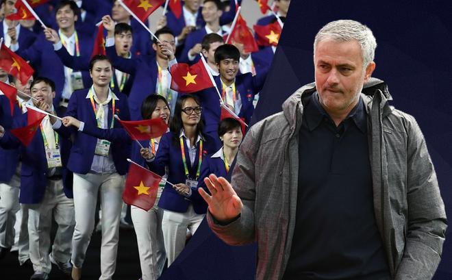 """Mourinho lại """"đá xoáy"""" người Việt, lần này là bằng hành động"""