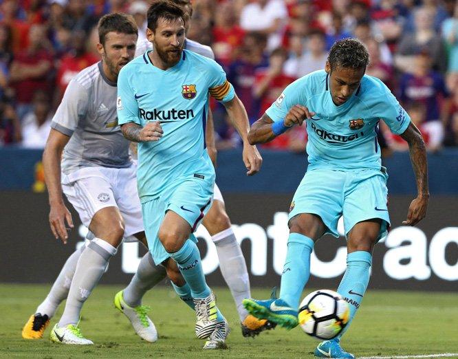 Neymar tiếp tục lập công, Barca nhẹ nhàng 'bắn hạ' một MU đầy lúng túng