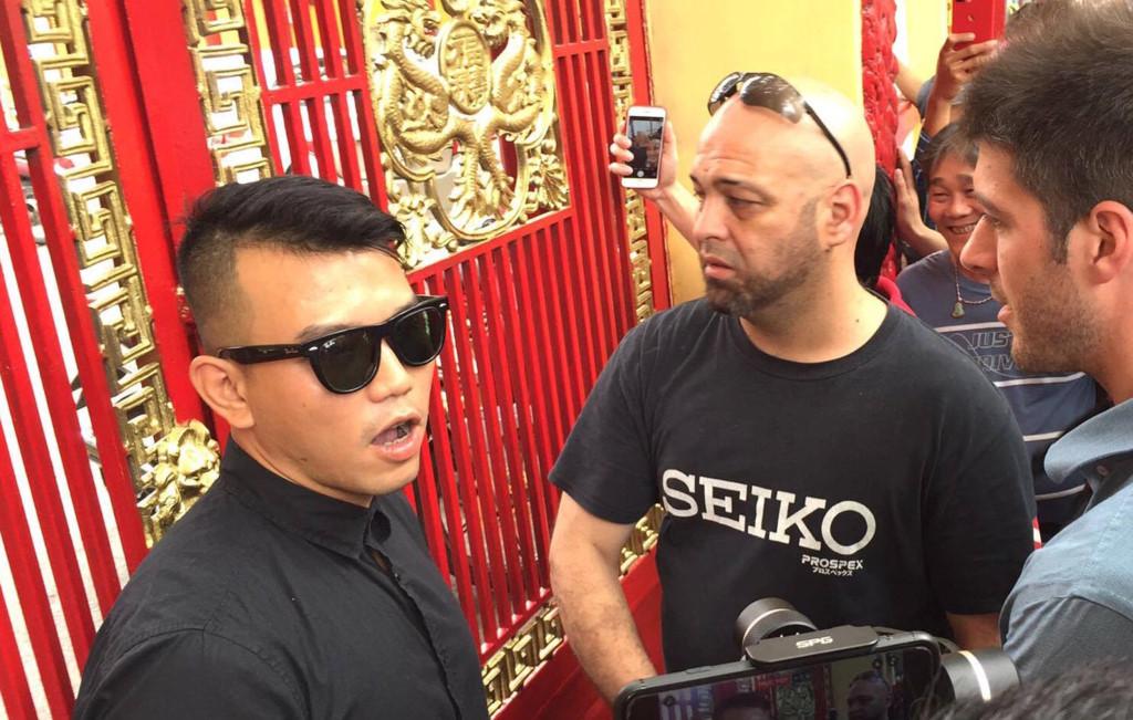Flores đến võ đường, Nam Huỳnh Đạo đóng cổng không tiếp