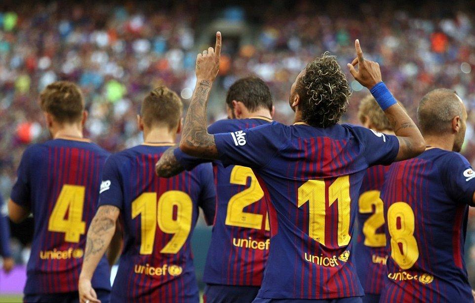 Neymar rực sáng, Barca phục hận thành công trên đất Mỹ