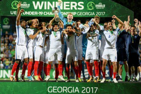 Tuyển Anh có danh hiệu thứ 2 trong năm 2017