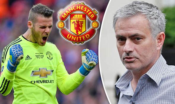 Mourinho chính thức lên tiếng về tương lai của De Gea