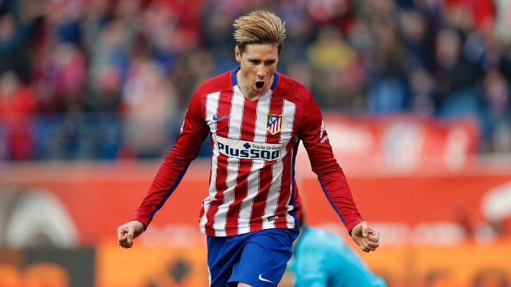 CHÍNH THỨC: Torres gia hạn 1 năm với Atletico