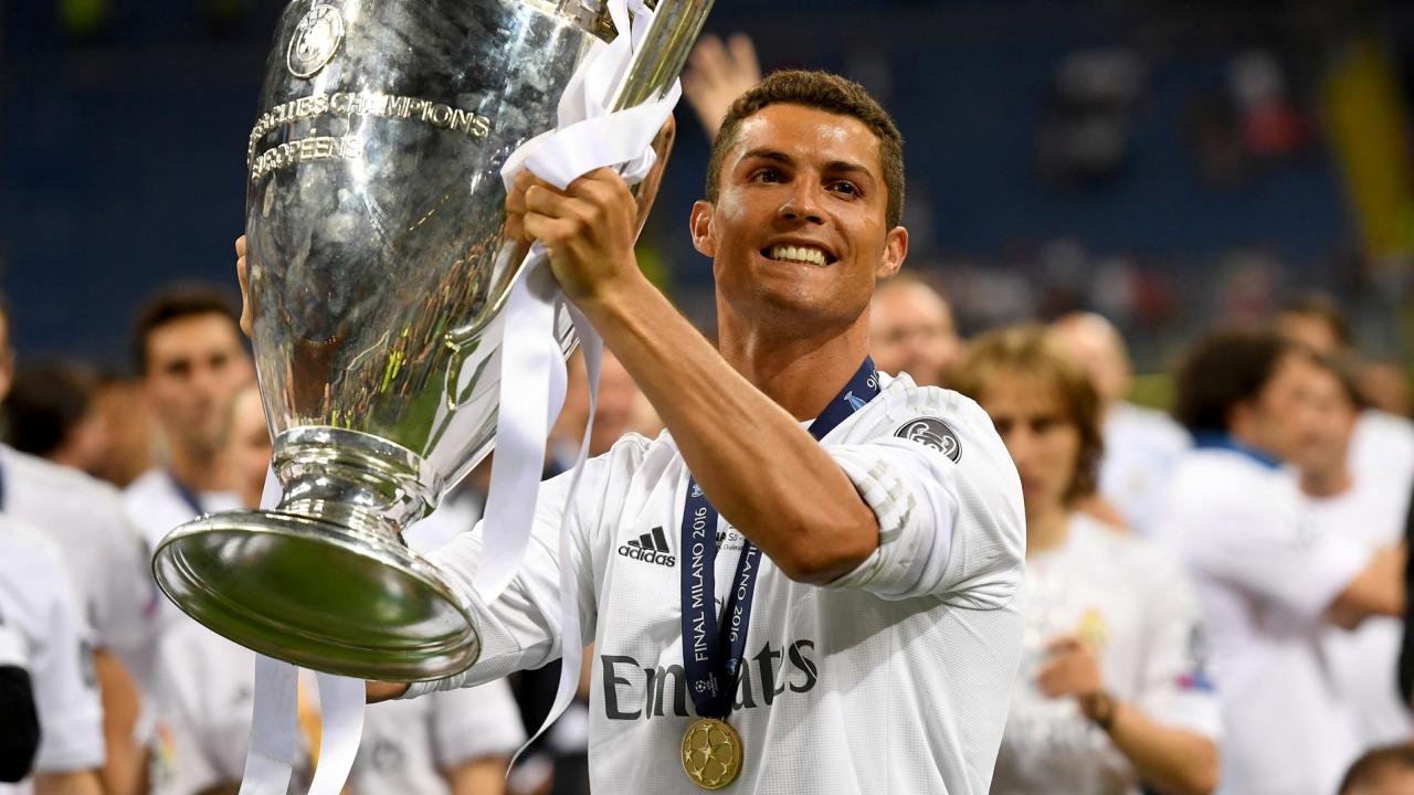 Ronaldo CHÍNH THỨC lên tiếng xác nhận tương lai