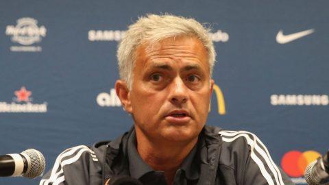 Mourinho xác nhận Man United sẽ đón thêm tân binh