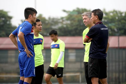 """Vì sao """"thần tài"""" của bóng đá Việt Nam bị bỏ rơi tại SEA Games 29?"""