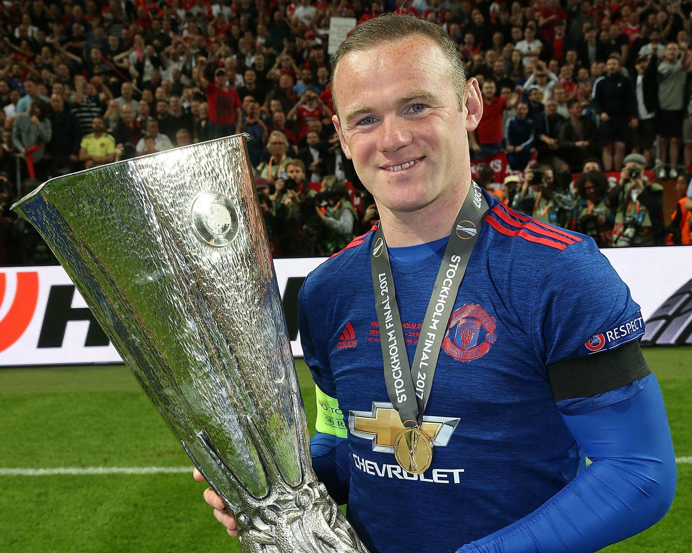 """Rooney: """"Tôi không xứng đáng nâng cao danh hiệu cùng MU"""""""