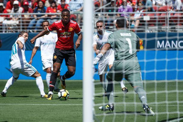 """5 điểm nhấn MU 1-1 Real: Mourino phải giữ """"ngọc quý"""", ấn tượng Lingard"""