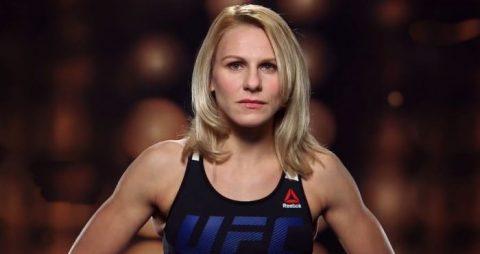 """Chiếc quần """"tè dầm"""" của nữ võ sĩ UFC được hỏi mua với giá 15.000 USD"""