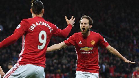 Người Man United kêu gọi Ibrahimovic sớm tái ký hợp đồng