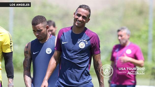 """""""Tân binh"""" Danilo miệt mài luyện tập cùng các đồng đội mới trên đất Mỹ"""