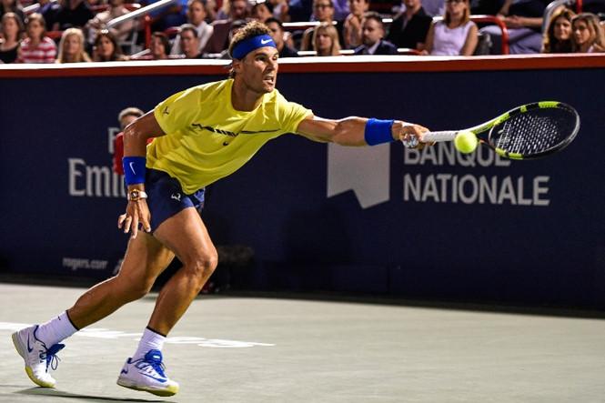 Nadal thua sốc ở vòng 3 giải Rogers Cup