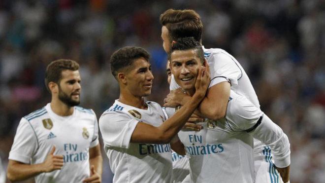 Ronaldo tỏa sáng rực rỡ, Real Madrid giữ Cúp bạc ở lại Bernabeu