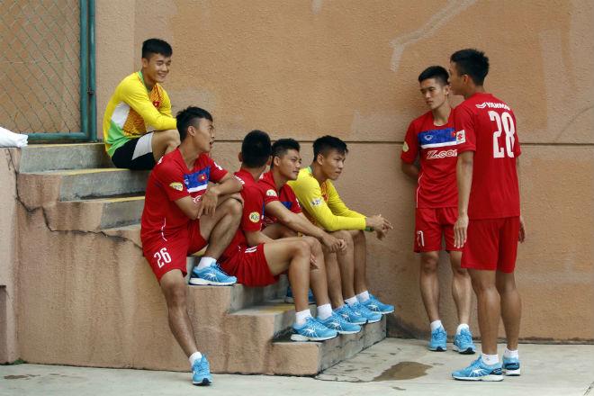 CHÍNH THỨC: Hữu Thắng loại 4 cầu thủ, chốt danh sách dự SEA Games
