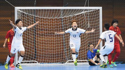 ĐT futsal nữ Việt Nam thúc thủ trước Thái Lan trong ngày ra quân