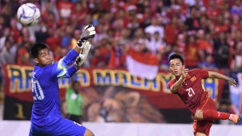 Được đánh giá chơi tốt, Hồ Tuấn Tài tiếp tục được xếp đá chính trận quyết đấu với Thái Lan?