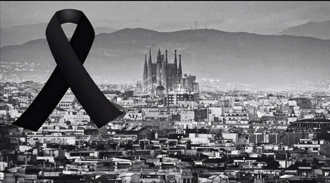 Bóng đá châu Âu tưởng niệm vụ khủng bố ở Barcelona