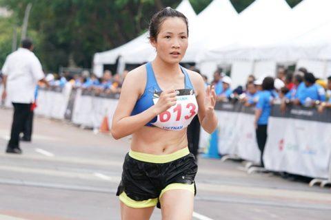 Hoàng Thị Thanh mang về tấm HCB ở nội dung marathon nữ