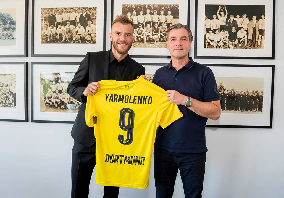 Thu về số tiền kỉ lục từ Barca, Dortmund CHÍNH THỨC có người thay thế Dembele