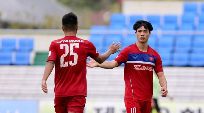 Công Phượng lập cú đúp, U22 Việt Nam ngược dòng đánh bại Busan FC
