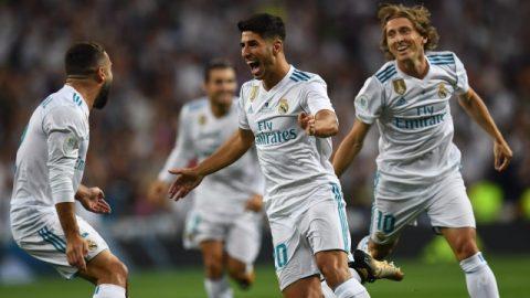 """Tỏa sáng với cú đúp, """"gà son"""" Asensio giúp Real thoát thua ở Bernabeu"""