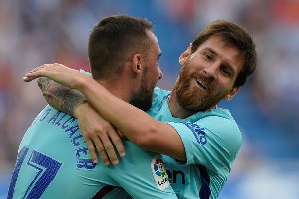 Kết quả Alaves vs Barca: Messi lại xịt Pen nhưng vẫn có cú đúp