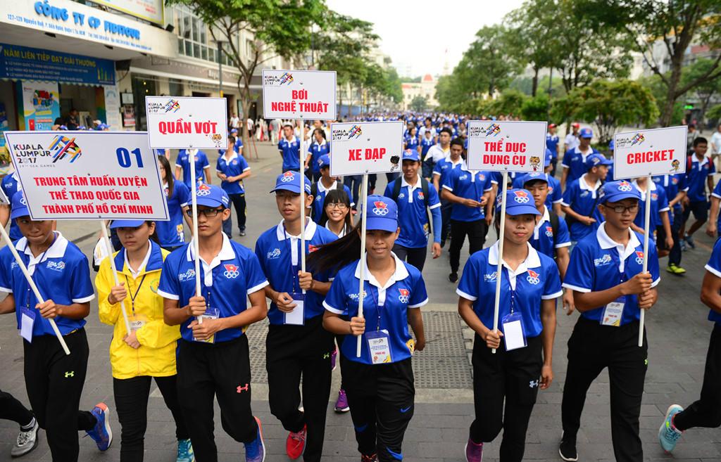 Xuất quân cổ vũ đoàn thể thao Việt Nam dự SEA Games 29
