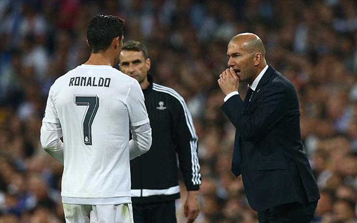"""Bênh vực """"trò cưng"""", Zidane sắp hứng chịu tai họa"""