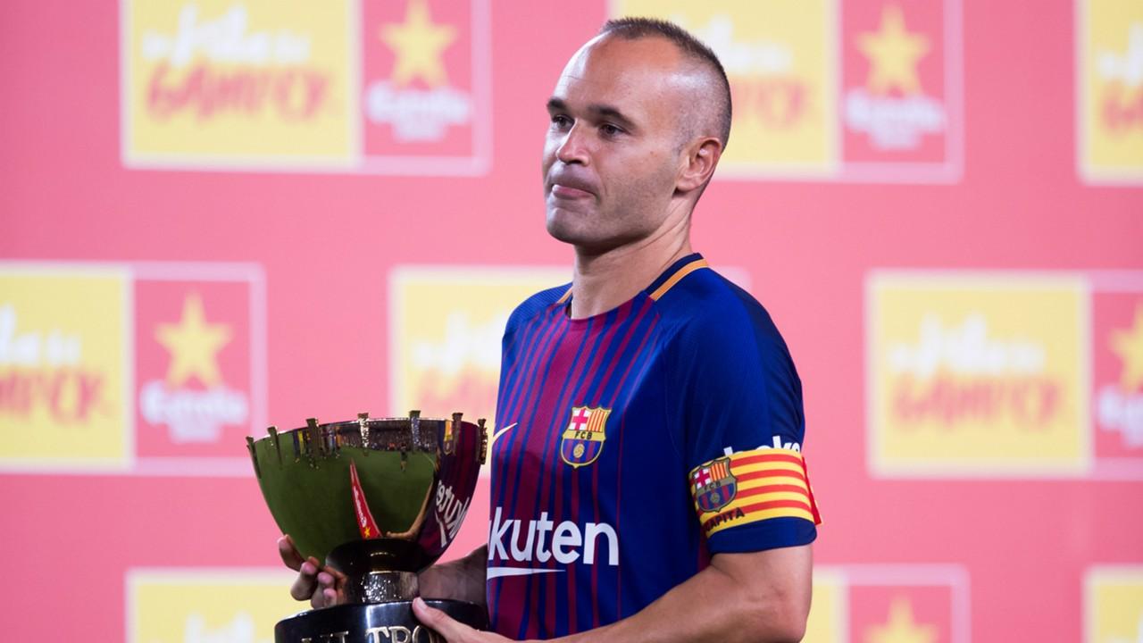 Tương lai mờ mịt, sao Barca tính chuyện 'đào tẩu' sang Anh