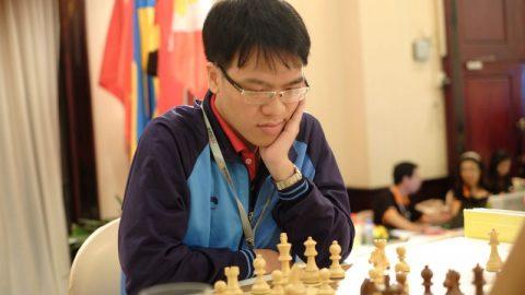 Lê Quang Liêm chịu thua cựu Vua cờ Garry Kasparov sau 41 nước