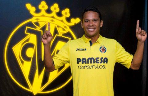 Carlos Bacca rạng rỡ trong ngày tái xuất La Liga