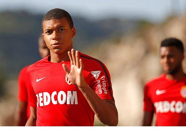 """Monaco tiếp tục hét giá """"trên trời"""" cho Kylian Mbappe"""