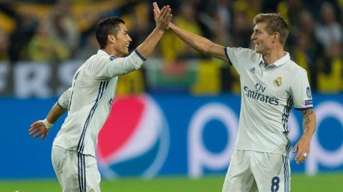 Trước thềm mùa giải mới, Kroos đánh giá 2 cầu thủ Real này cao hơn cả Ronaldo khiến ai cũng bất ngờ