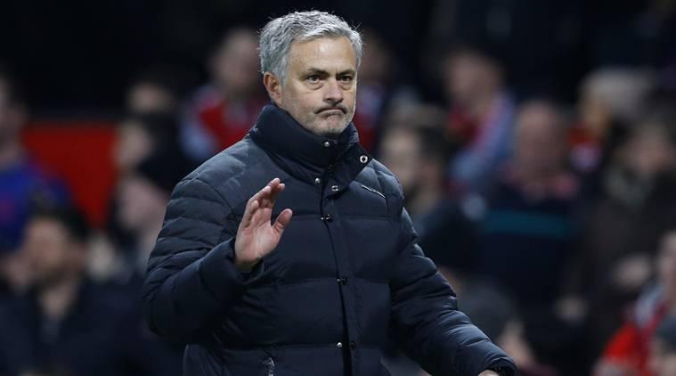 Mourinho bất ngờ đóng sổ kỳ chuyển nhượng mùa Hè