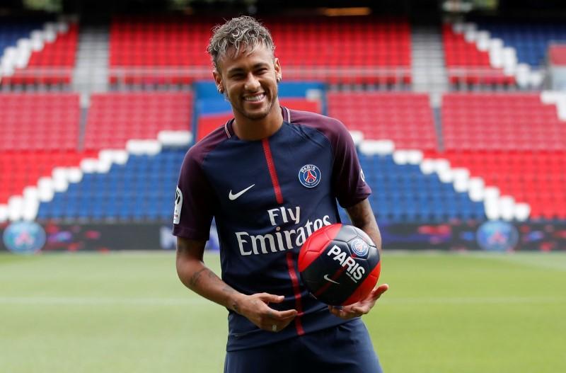 Neymar được PSG đăng ký thi đấu trận gặp Guingamp