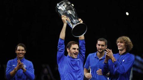 """Thắng kịch tính Kyrgios, """"Tàu tốc hành"""" Federer hóa người hùng giúp ĐT Châu Âu vô địch Laver Cup 2017"""