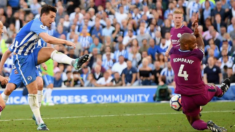 Vòng 4 Premier League: Sao MU hướng tới kỷ lục khó tin
