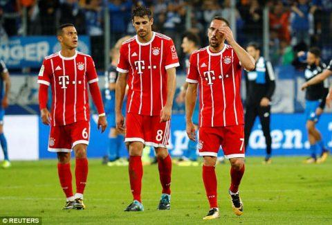 Hàng công im tiếng, Hùm xám Bayern thua sốc trước Hoffenheim