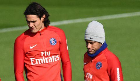 CHÙM ẢNH: Neymar không thèm nhìn mặt Cavani trong buổi tập