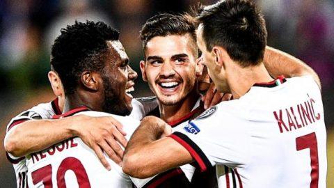 """""""Truyền nhân của Ronaldo"""" lập hat-trick, Milan đại thắng trong ngày mở màn Europa League"""