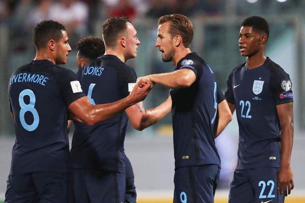 """BXH vòng loại World Cup 2018 khu vực châu Âu: Các """"ông lớn"""" cùng cười"""