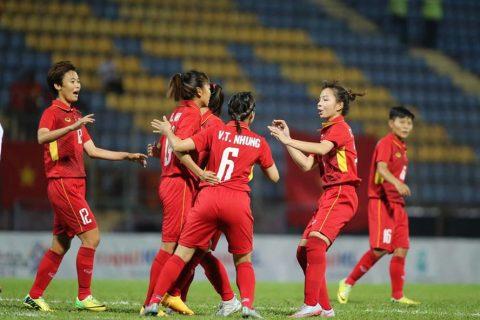 Vì sao cầu thủ nữ có bầu vẫn được thi đấu ở SEA Games 29?