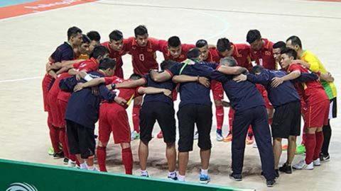 Thắng đậm Hong Kong (TQ), tuyển Futsal Việt Nam mở ra hy vọng vào bán kết tại AIMAG 5