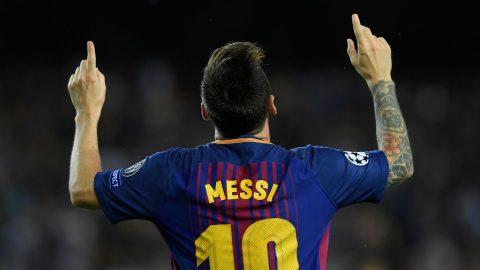 """Lionel Messi đang thăng hoa tột đỉnh khi trở lại với vai trò """"số 9 ảo"""""""