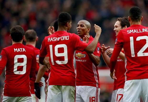 Bảng A Champions League: Quỷ đỏ ra oai