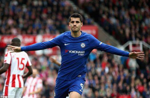 Morata chói sáng với cú hattrick, Chelsea hủy diệt Stoke ngay trên sân đối thủ
