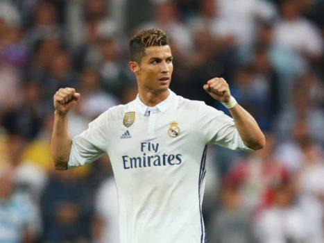 GÓC THỐNG KÊ: Ronaldo ăn đứt Messi về mức phí giải phóng hợp đồng