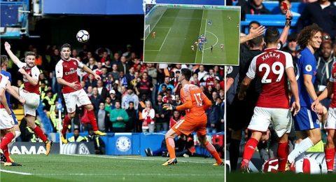 Luiz nhận thẻ đỏ, Chelsea vất vả cầm hòa Arsenal ngay trên sân nhà